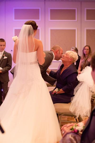 Matt & Erin Married _ ceremony (208).jpg