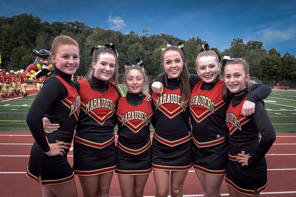 Mt Olive Varsity Football - Sept 25, 2015 Cheerleaders