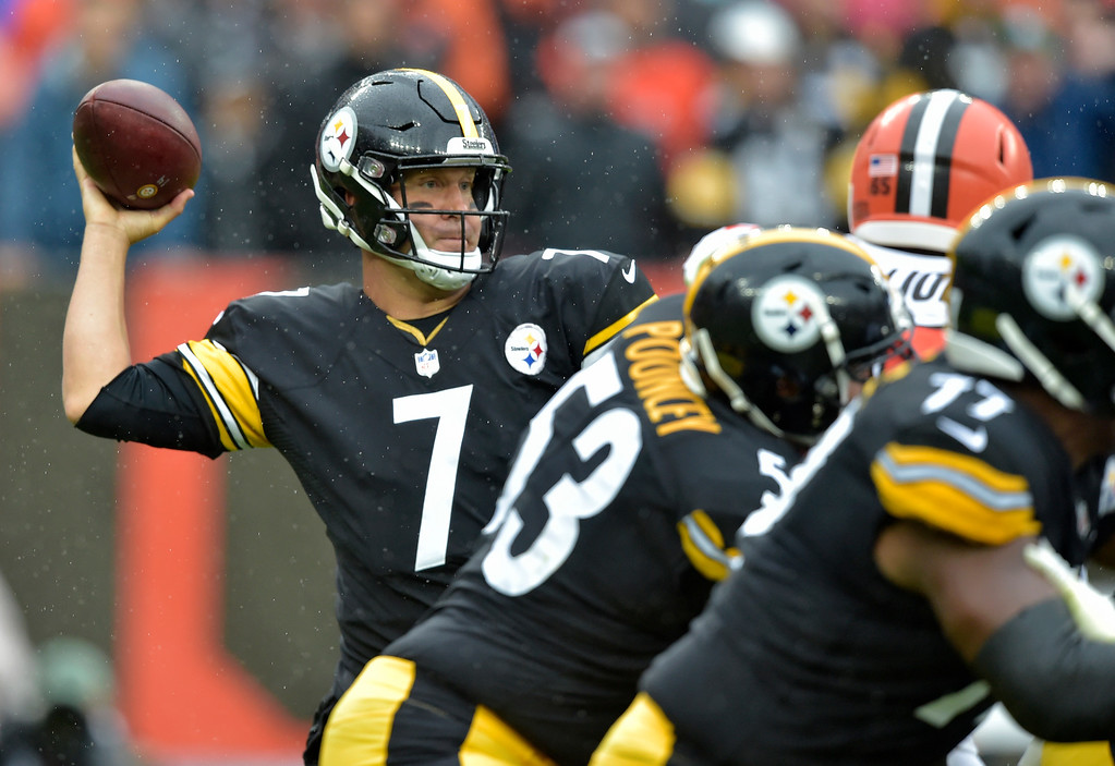 . Pittsburgh Steelers quarterback Ben Roethlisberger passes during the first half of an NFL football game against the Cleveland Browns, Sunday, Sept. 9, 2018, in Cleveland. (AP Photo/David Richard)