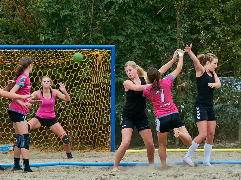 Molecaten NK Beach Handball 2015 dag 2 img 214.jpg