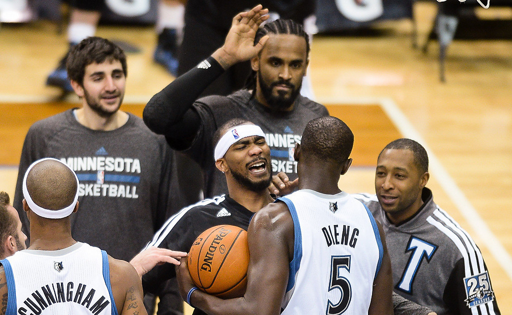 . Players congratulate center Gorgui Dieng after a couple strong plays in the second quarter. (Pioneer Press: Ben Garvin)