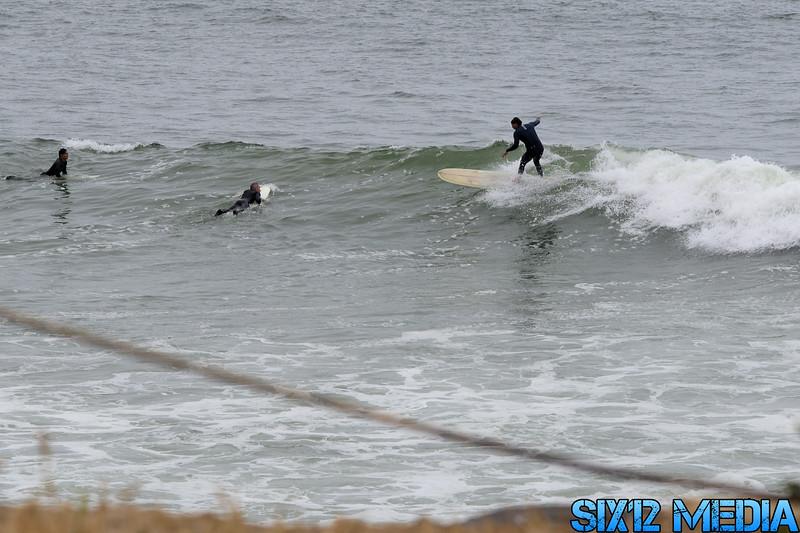 Gladstones Surf-08.jpg