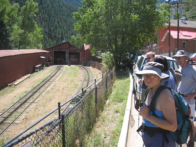 GLS Hike to Rocky Mtn above Manitou Springs - 8/6/05