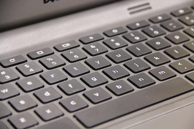 18725_Dell Chromebook 11 - 2015 - Body Shot - 1028_1440x960.jpg