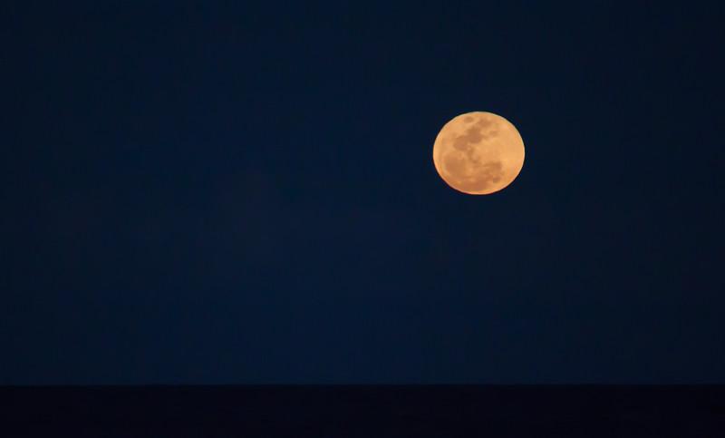 february beach moonrise