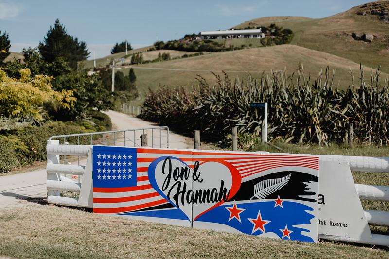 Jon + Hannah-1193.jpg