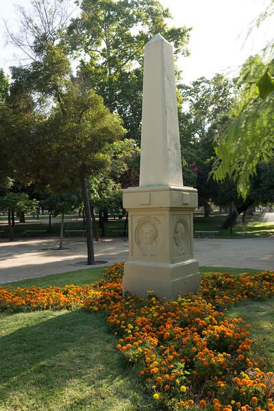 MONUMENTO ESCRITORES-4.jpg