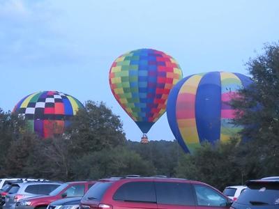 2018 hot air balloons at night