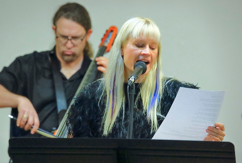 Lynette Reini-Grandell w/Aaron Kerr