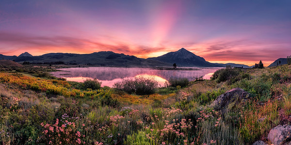 Peanut Lake morning glow, Crested Butte, Colorado