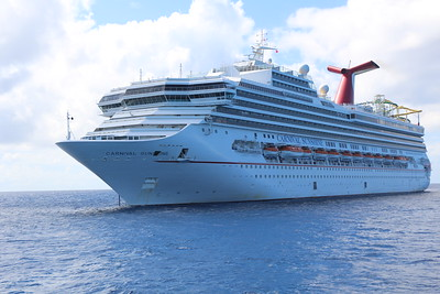 Carribean Cruise to Amber Cove, Grand Turk, Half Moon Cay - 11/04/2017