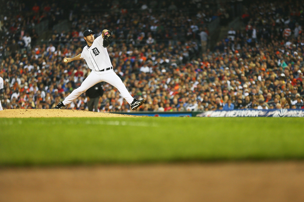 . Justin Verlander #35 of the Detroit Tigers pitches in the seventh inning against the Boston Red Sox during Game Three of the American League Championship Series at Comerica Park on October 15, 2013 in Detroit, Michigan.  (Photo by Mike Ehrmann/Getty Images)