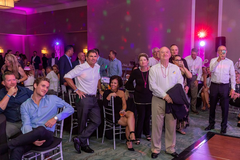 2019_11_Yachtail_Party_00756.jpg