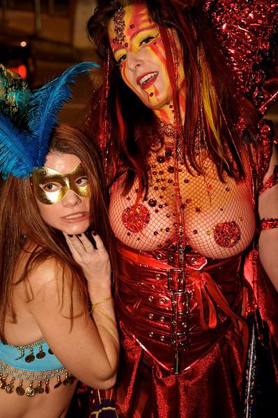 Carnaval-Naughty  002.jpg