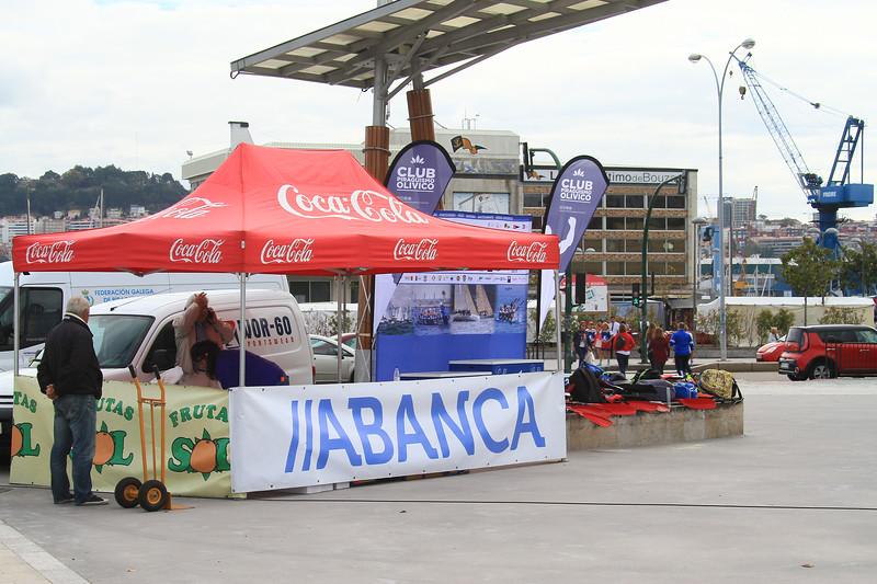 alle CLUB PIRAGUISMO OLIVICO timode Bouza CLUB PIRAGUISMO OLIVIES Coca Cola Coca-Cola Coca Cola Coca Cola Coca-Cola 19. de FEDERACIÓN GALEGA DE DIN UTAS GRUTA JABANCA