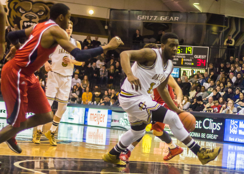 Description of . Neely makes his way to the hoop. Photos by Dylan Dulberg/The Oakland Press