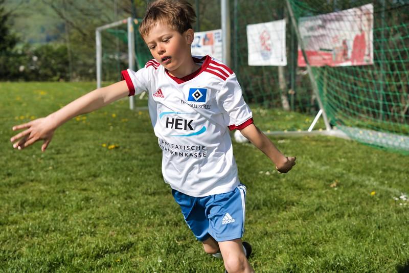 hsv-fussballschule---wochendendcamp-hannm-am-22-und-23042019-u66_32787657217_o.jpg