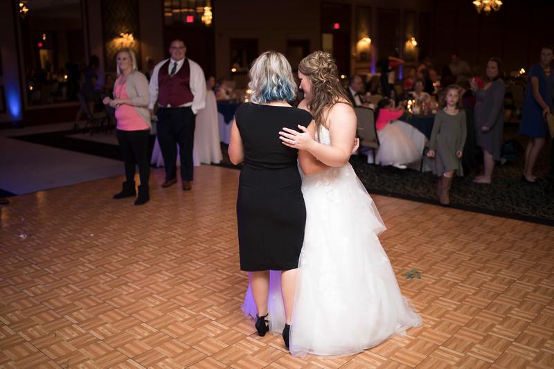 Amanda & Tyler Wedding 0885.jpg