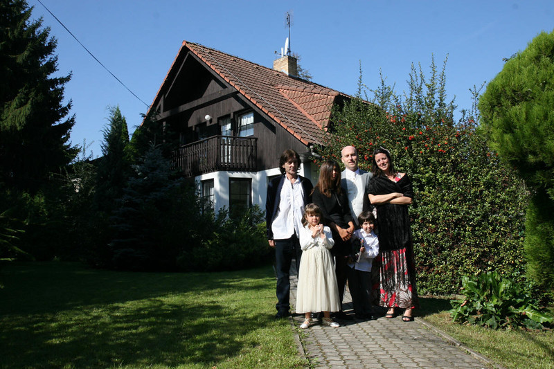 IdyllicPrague-Weddings-Jess-and-Philip-Conifer-Cottage