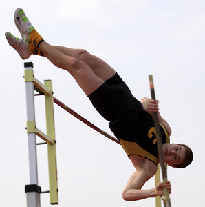 2013 Centerville HS Track and Field (Take the Step)