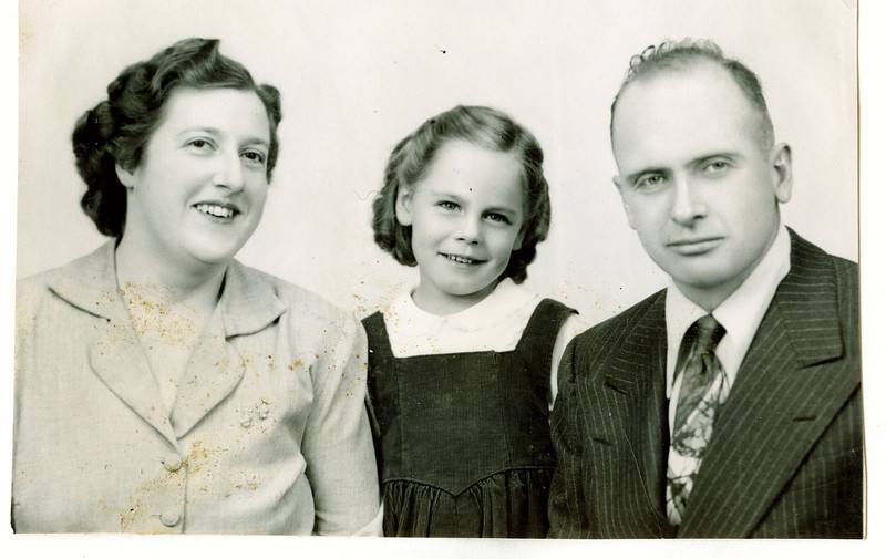 "Margaret Louise (Dew) Yount (1916-2003), Cheryl Ann Yount (1945-1983), Frank Alexander Yount (1913-2004) Written in the Rogers Reunion Photo Album Volume III page 43 ""Margaret, Cheryl & Frank"""