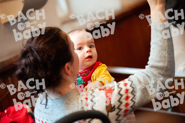 ©Bach to Baby 2019_Laura Woodrow_MuswellHill_2019-19-12_ 24.jpg