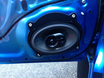 2011 Toyota Tacoma Double Cab TRD Sport Non JBL Front Door Speaker Installation - USA