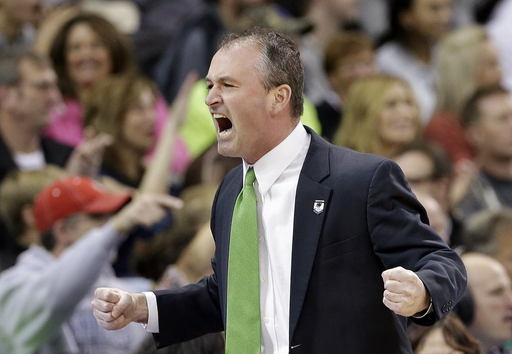 """. <p>6. (tie) SAUL PHILLIPS <p>To quote the great Charles Barkley, �I think he was crying because he gotta go back to North Dakota.� (unranked) <p><b><a href=\'http://ftw.usatoday.com/2014/03/charles-barkley-north-dakota-saul-phillips-ncaa-tournament/\' target=\""""_blank\""""> HUH?</a></b> <p>    (AP Photo/Elaine Thompson)"""