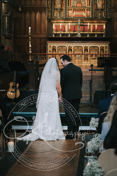 Nick & Elly-Wedding-By-Oliver-Kershaw-Photography-133901-5.jpg