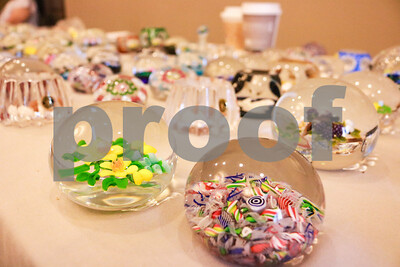 paperweight-collectors-association-of-texas-bring-mini-masterpieces-to-tyler