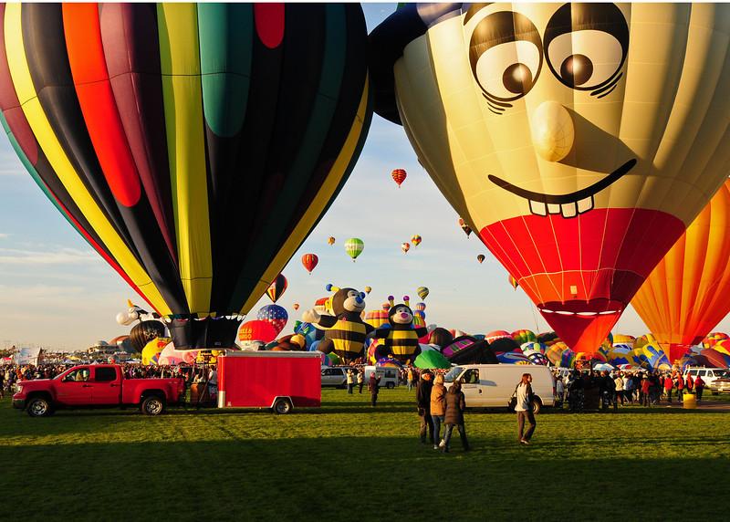 NEA_5642-7x5-Balloons.jpg