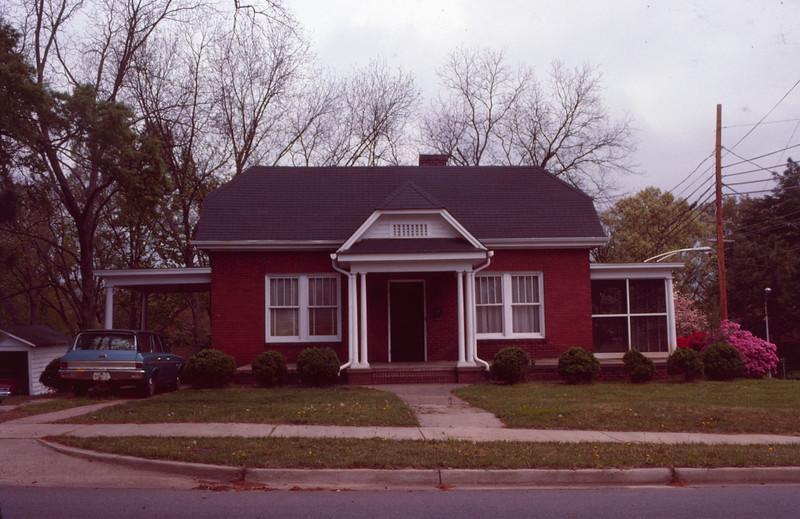 1979 04 Wilson street 5.jpg
