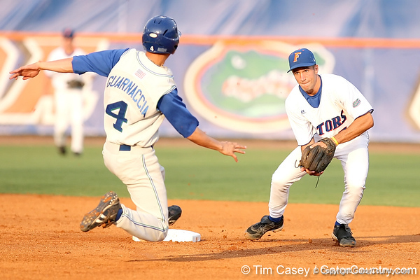 Photo Gallery: Baseball vs FGCU, 5/6/09