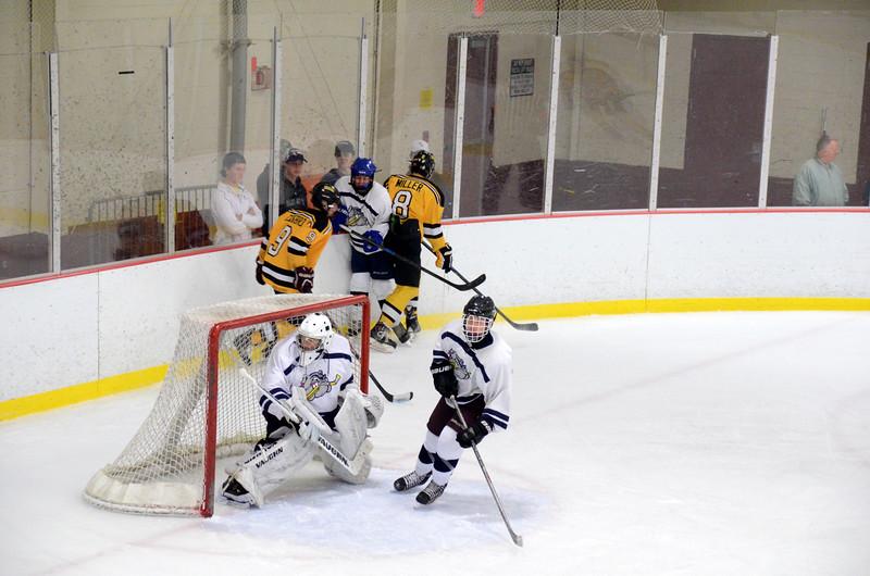 141004 Jr. Bruins vs. Boston Bulldogs-063.JPG