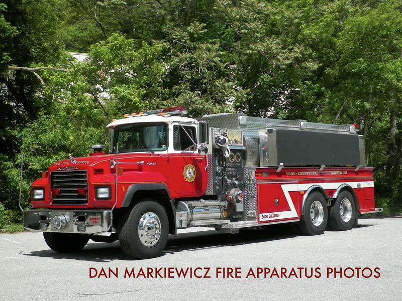 GLEN ROCK HOSE & LADDER CO. TANKER 59 2001 MACK/NEW LEXINGTON TANKER