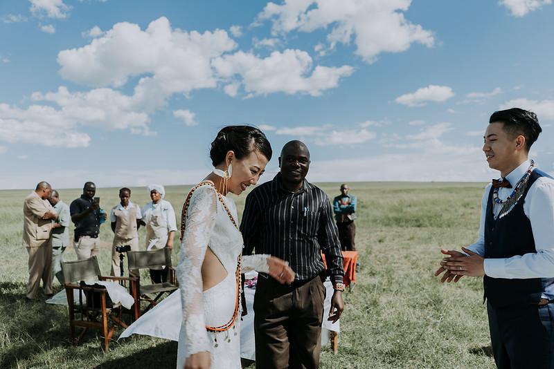 Tu-Nguyen-Destination-Wedding-Photographer-Kenya-Masai-Mara-Elopement-Doris-Sam-408a.jpg