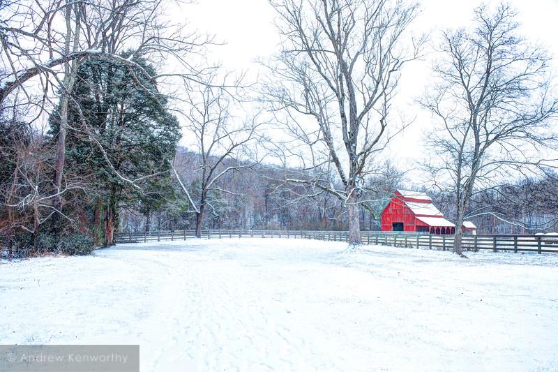 Rutledge Falls Barn TN 2.jpg