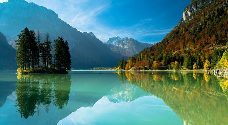 Lago De Pradil.jpg