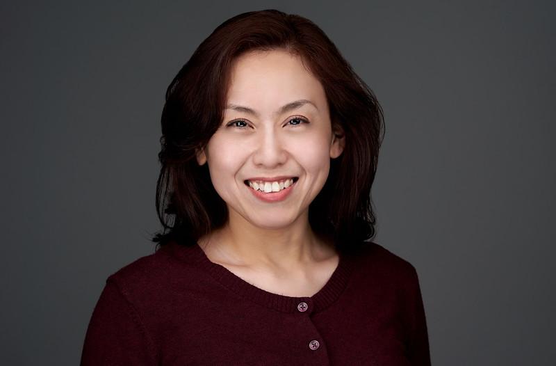 200f2-ottawa-headshot-photographer-Maggie Zhu 3 May 201947616-Web.jpg
