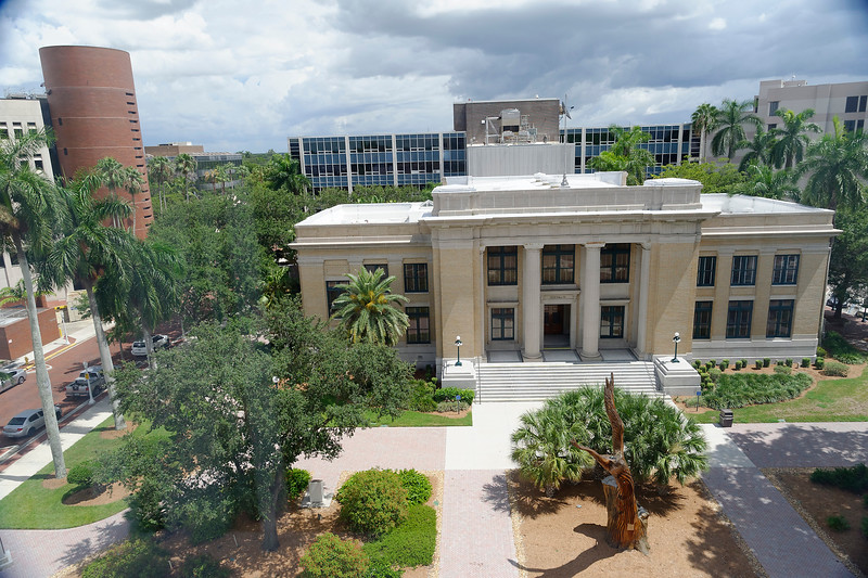Lee County Court House - Downtown - Ft. Myers, Flordia