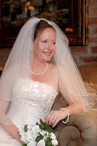 Karloyn's Bridal