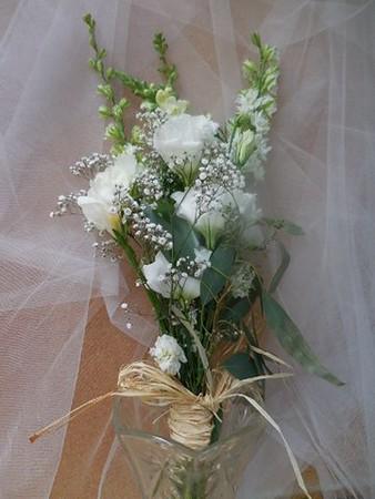 Rustic whites -lisianthus, snap, larkspur BB, $25-$35