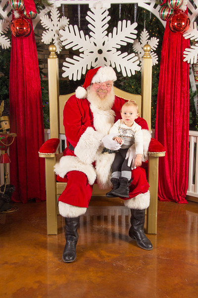 Santa 12-16-17-88.jpg
