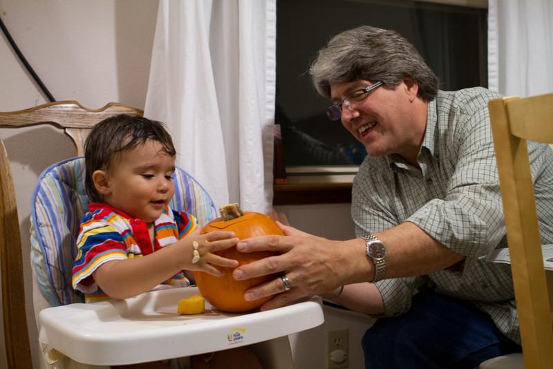 PumpkinCarving-40.jpg