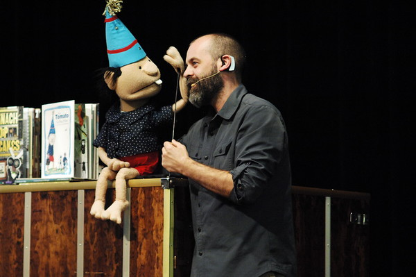 04-07-17 NEWS Kevin Kammeraad Puppet Show