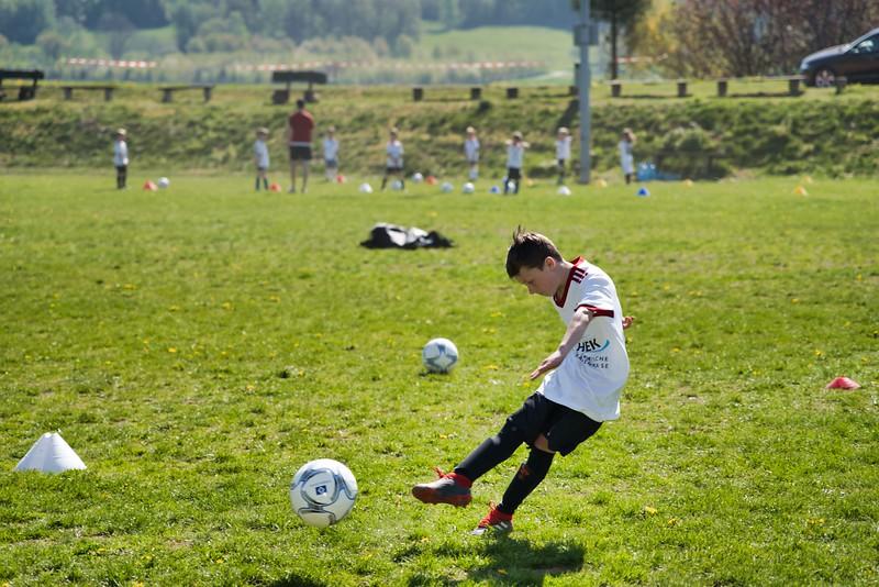 hsv-fussballschule---wochendendcamp-hannm-am-22-und-23042019-y-52_46814448355_o.jpg