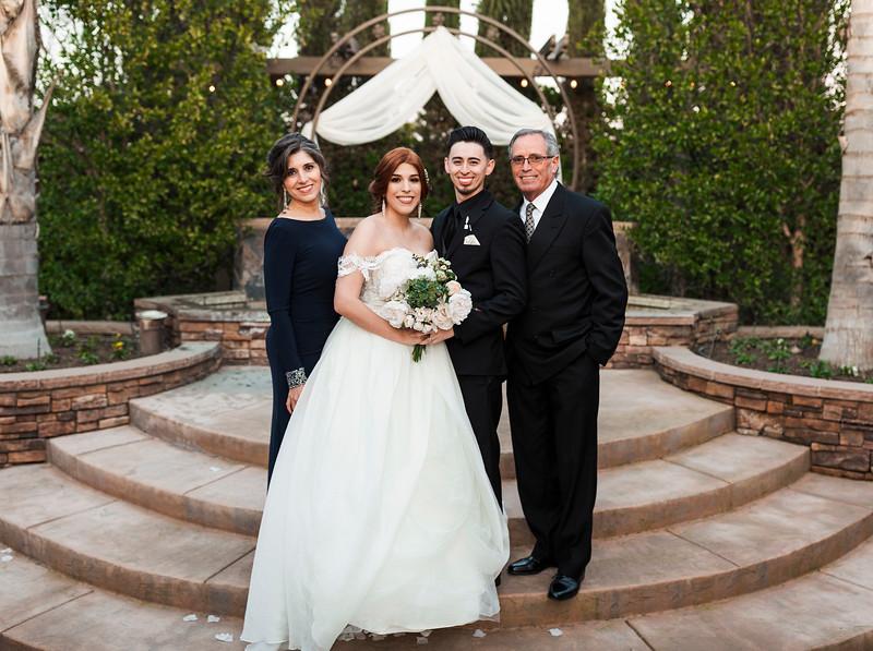 Alexandria Vail Photography Wedgewood Fresno Wedding Alexis   Dezmen547.jpg