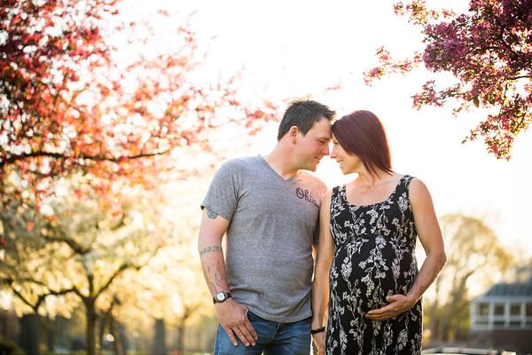 Laura + Ryan: Maternity