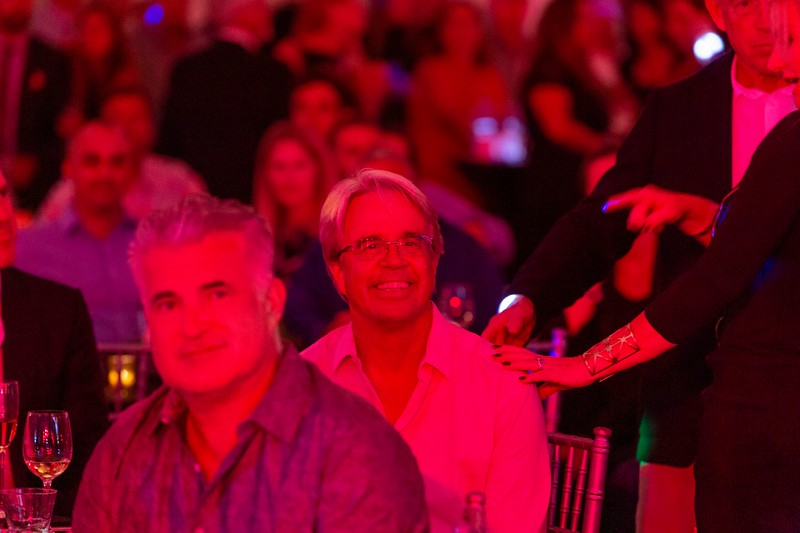 2019_11_Yachtail_Party_01265.jpg