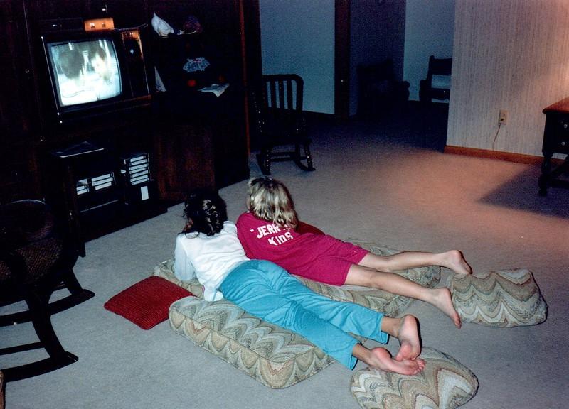 1989_Fall_Halloween Maren Bday Kids antics_0021_a.jpg